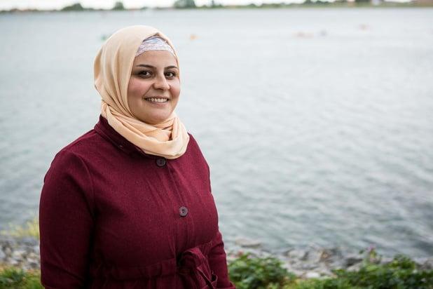 """Zozan uit Syrië speelt hoofdrol in kortfilm: """"Ik ben méér dan mijn hoofddoek"""""""