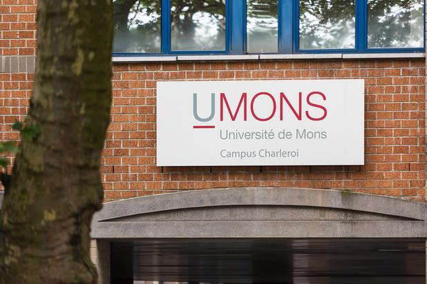 L'UMons a retiré une statue de Léopold II