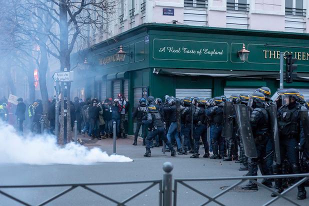 Après six jours de grève en France, la réforme des retraites sera dévoilée aujourd'hui