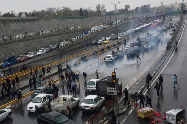 Plus de 100 manifestants pourraient avoir été tués en Iran