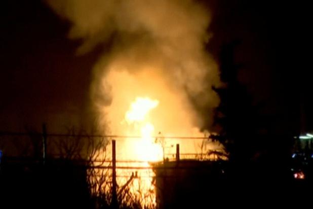 Au moins un mort dans l'explosion d'une usine pétrochimique en Espagne (vidéos)