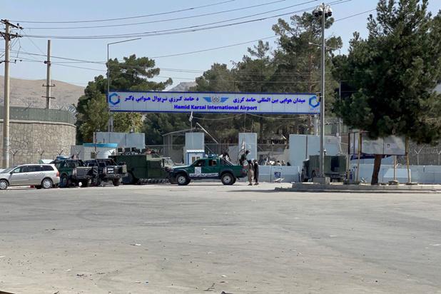 Afghanistan: les talibans ont pris le contrôle de certaines parties de l'aéroport de Kaboul