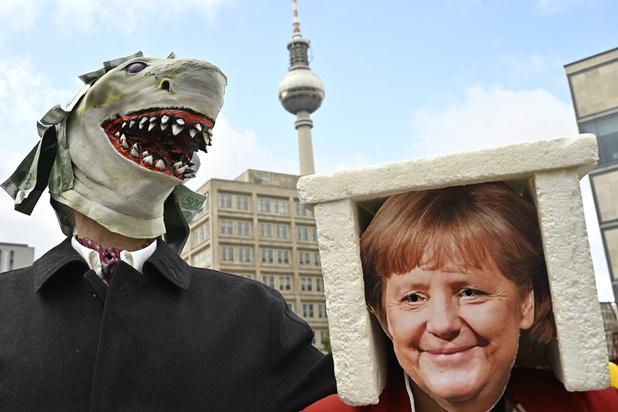 Moins ambitieux que prévu, le plan climat de Merkel suscite la colère
