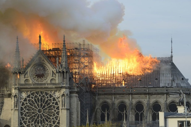 """""""La forêt"""" de Notre-Dame de Paris, joyau disparu de l'architecture médiévale (vidéo)"""