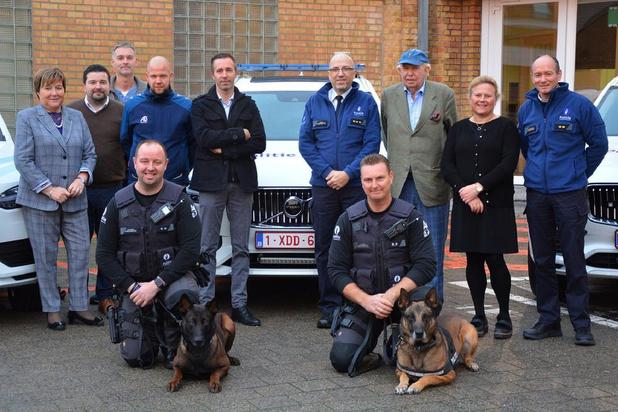 Politie Damme/Knokke-Heist koopt aangepaste auto's voor hondenpolitie