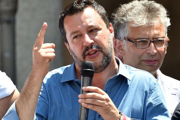 Nette tension sur la dette italienne, pénalisée par la crise gouvernementale surprise