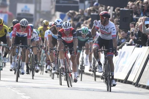 Alexander Kristoff sprint naar zege, Naesen derde