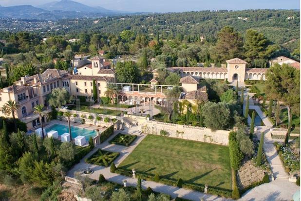 Sur la Côte d'Azur, un somptueux château d'une valeur de 57 millions d'euros en passe d'être détruit