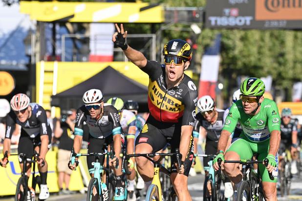Wout van Aert wint na berg- en tijdrit in de Tour ook slotrit op de Champs-Elysées