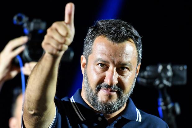 Quatre choses à savoir sur l'inédite crise politique italienne