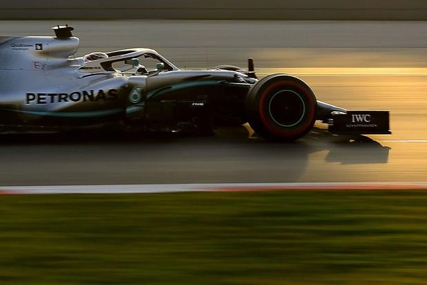Coronavirus: la F1 envisage de lancer sa saison par des courses à huis clos