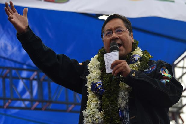 Les Boliviens élisent leur président un an après la démission de Morales