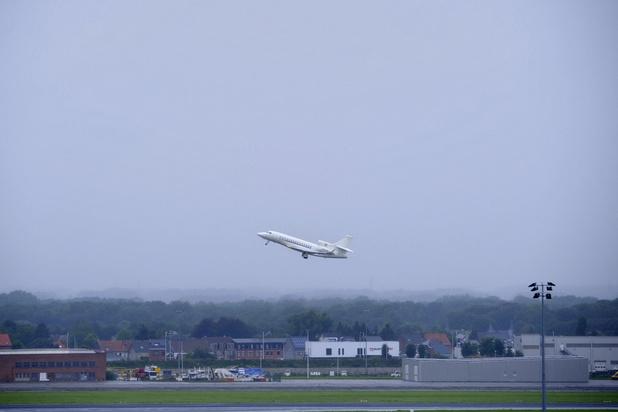 Afghanistan: un premier avion de défense belge est parti pour Islamabad au Pakistan