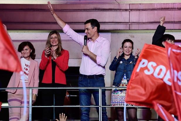 Espagne : Sanchez remporte les élections marquées par l'émergence de l'extrême droite