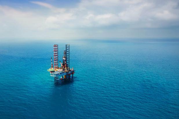 Premiejagen bij oliemajors