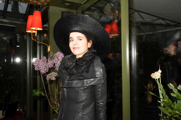 Belgische schrijfster Amélie Nothomb verovert plaats op Franse longlist Prix Goncourt