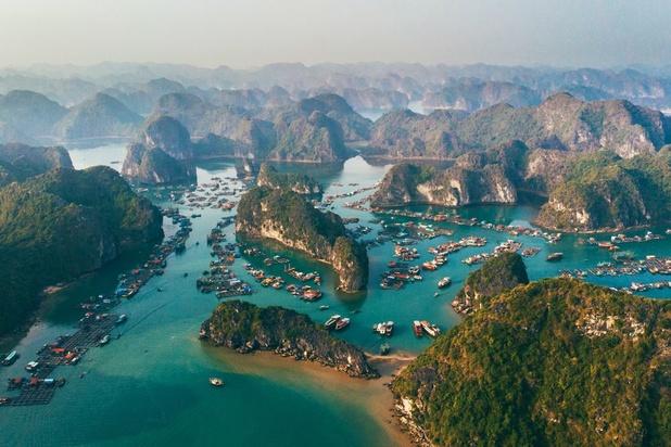 Vietnam: la baie d'Halong se visite désormais depuis le ciel