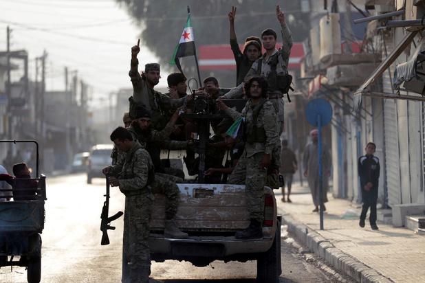 Syrie: combats sporadiques dans une ville frontalière après l'annonce d'une trêve
