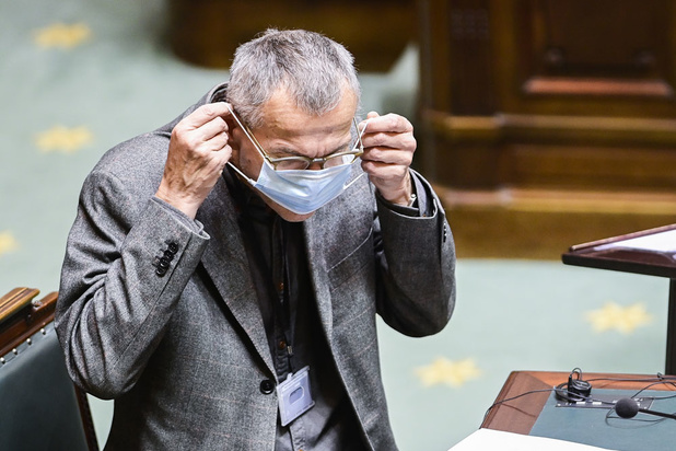'Minister Vandenbroucke speelt gevaarlijk spel'