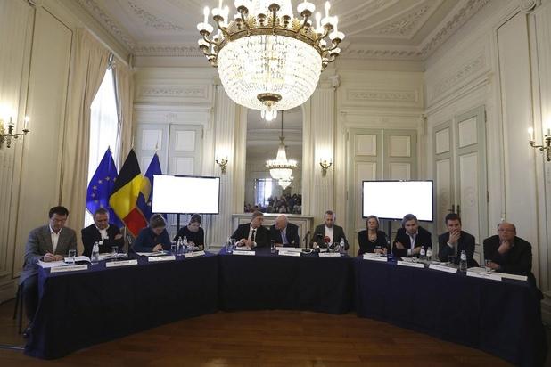 Bruxelles renforce au pas de charge les règles de transparence de ses administrations