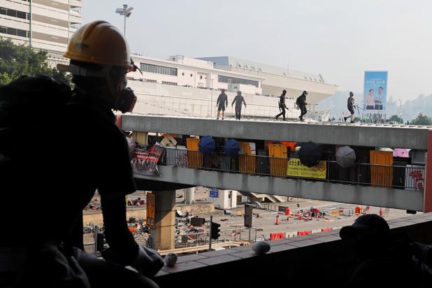 Hong Kong reste paralysée