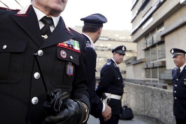 Rome: des policiers payent l'amende dressée contre des enfants bruyants