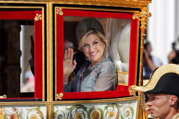 Pourquoi le carrosse royal du roi Willem-Alexander et de la reine Maxima des Pays-Bas fait-il polémique