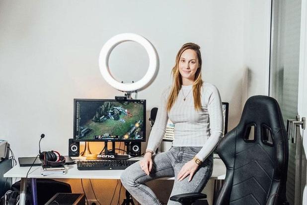 E-sporthost Eefje Depoortere: 'Ik heb mijn sociale vaardigheden aan gamen te danken'