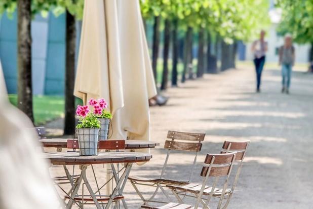 Les Belges impatients de la réouverture des cafés et restaurants