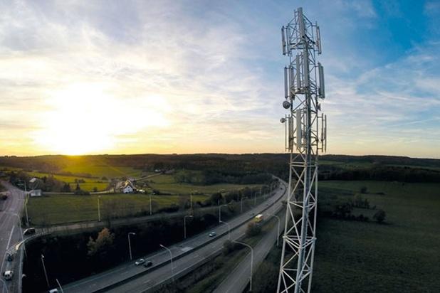 Le régulateur télécom met en garde contre les risques de pylônes GSM incendiés