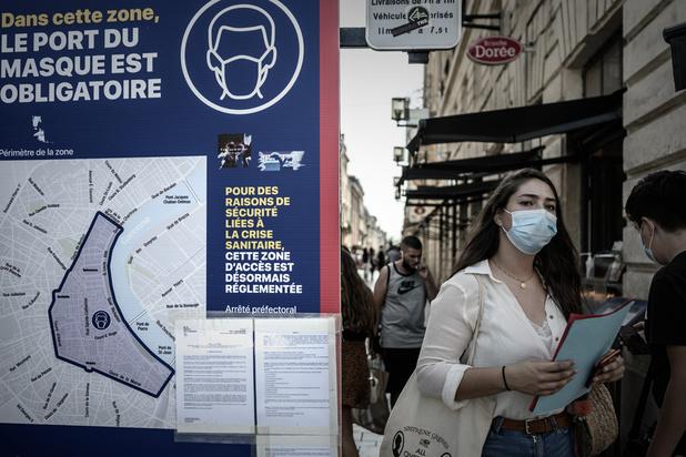 France: près de 10.000 nouvelles contaminations en 24 heures