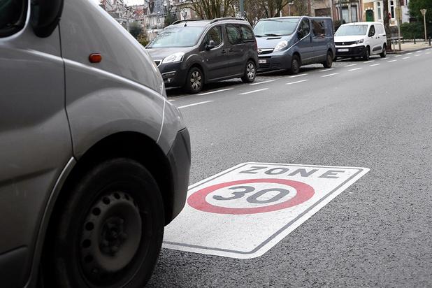 Une phase de tolérance pour les excès de vitesse légers à Bruxelles ?