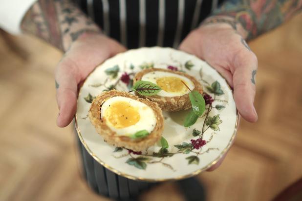 Le scotch egg constitue-t-il un vrai repas? Question (devenue) cruciale pour les Anglais