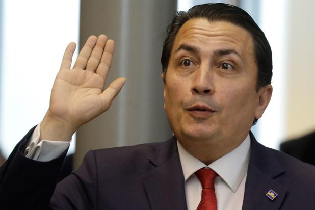 Le député bruxellois Emin Özkara siégera désormais comme indépendant