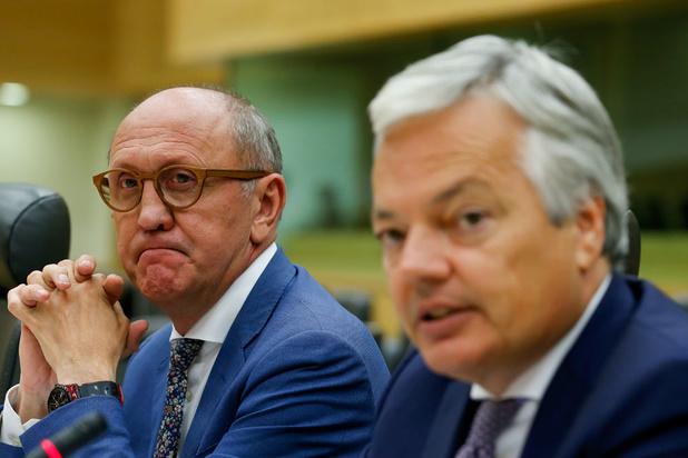 Négociations fédérales: qui pour remplacer Vande Lanotte et Reynders ?
