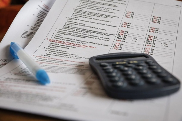 Le SPF Finances aide les citoyens à remplir leur déclaration d'impôts par téléphone