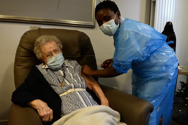 Vaccination : les habitants de résidences-services devront patienter