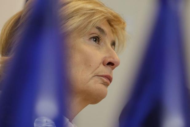 """Molenbeek: """"On ne peut pas accepter une neutralité à la carte"""", réagit Françoise Schepmans"""