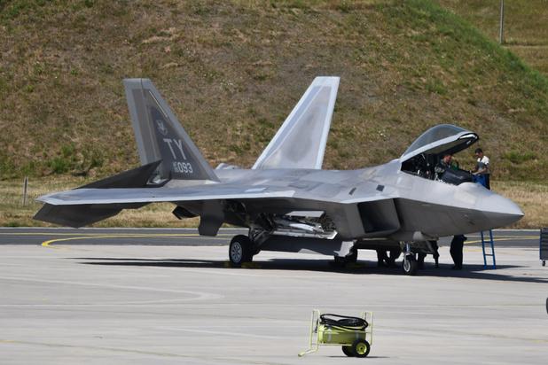 Crisis VS-Iran: Amerikanen stellen F-22-vliegtuigen op in Qatar