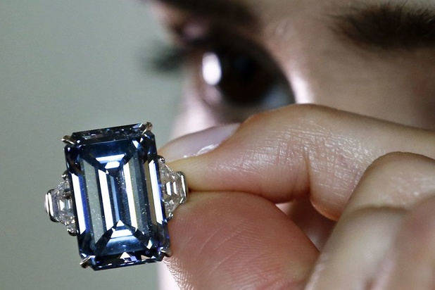 Découverte d'un rare diamant bleu de 20 carats