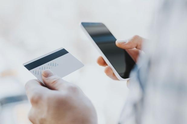 Enquête: mobiel betalen raakt steeds meer ingeburgerd in ons dagelijks leven