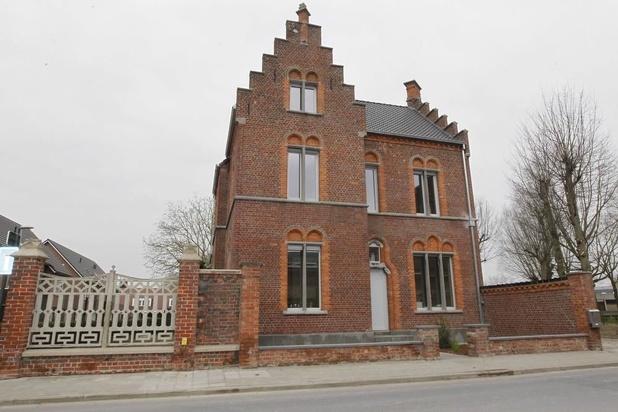 Nieuwe pastorie in Kortemarkse oude directeurswoning