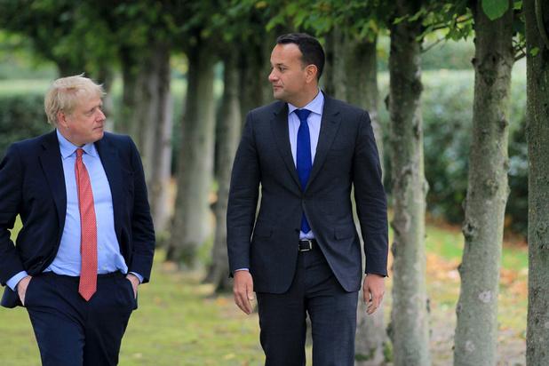 Lichtpunt in brexitsaga? Boris Johnson en Leo Varadkar zien 'pad naar mogelijk akkoord'