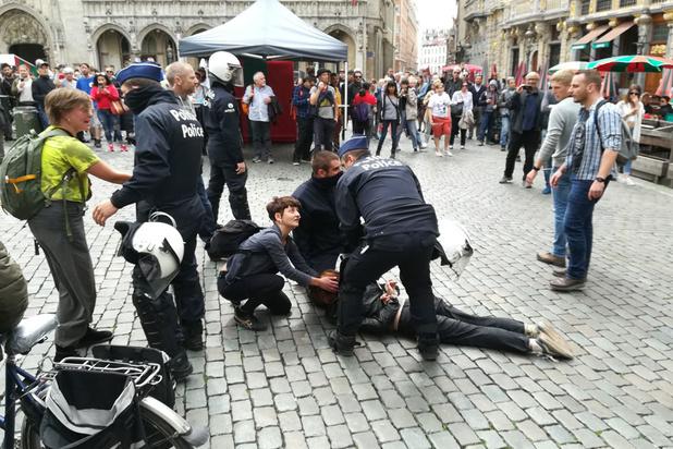 Vijf gerechtelijke aanhoudingen naar aanleiding van betoging in Brussel