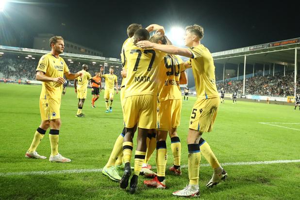 Charles de Ketelaere offre la victoire à Bruges dans les arrêts de jeu face à Charleroi