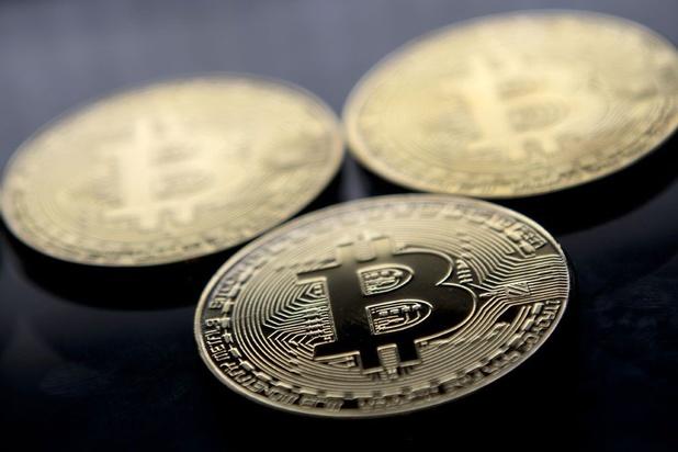 Twijfels doen beleggers vluchten naar goud en cryptomunten