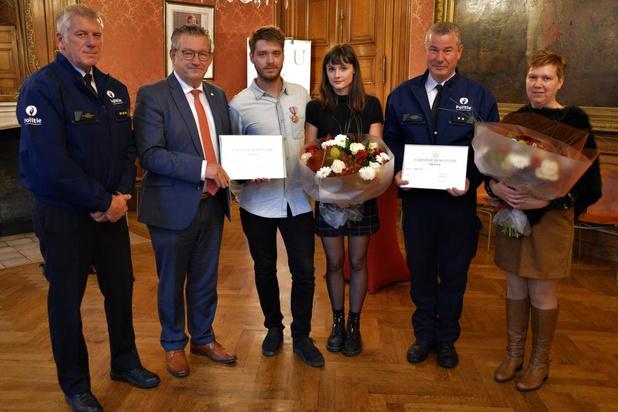 Jonge feestvierder en Brugse politie-inspecteur gehuldigd voor heldenmoed