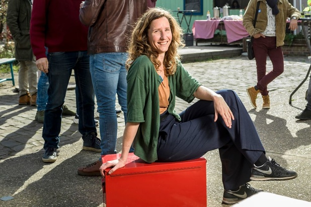 Farah Laporte organiseert vrijwilligerswerk voor vluchtelingen: 'Doe het niet vóór hen, maar mét hen'