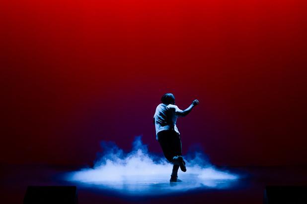 'Reset' van KRANKk: een hypnotiserend dansconcert mét een geurtje
