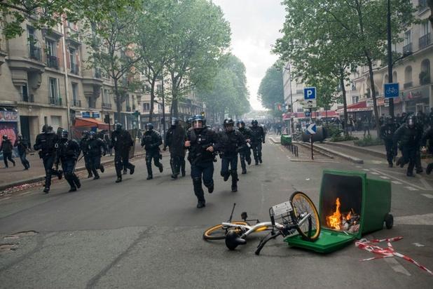 """Paris, """"capitale de l'émeute""""? Un 1er mai sous haute tension prévu dans la capitale française"""